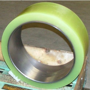 Support wheels and fiberglass notch